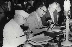 treaty signed between india and pakistan relationship